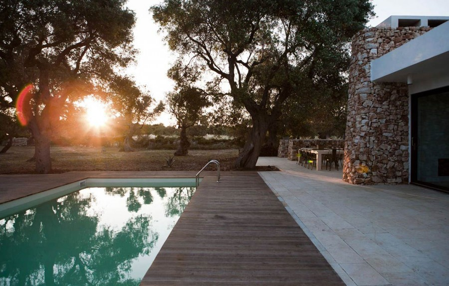 Italian-House-Olive-Trees-Outdoor-Pool-Terrace