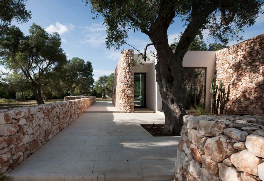 Italian-House-Olive-Trees-Terrace