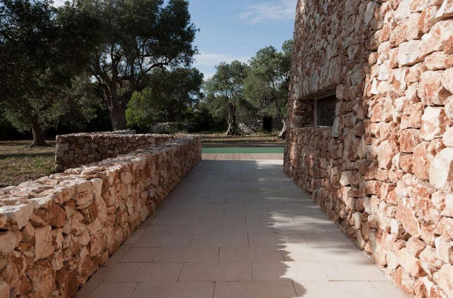 Italian-House-Olive-Trees-Stone-Walls-Pool