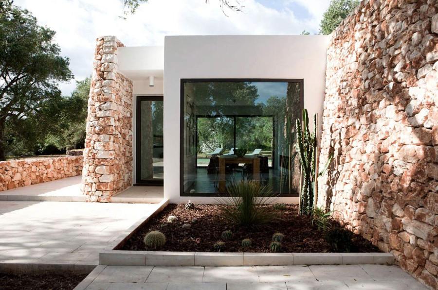 Italian-House-Olive-Trees-Traditional-Stone