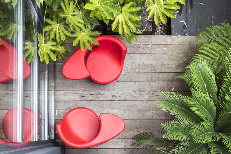 cool-patio-furniture-600x400