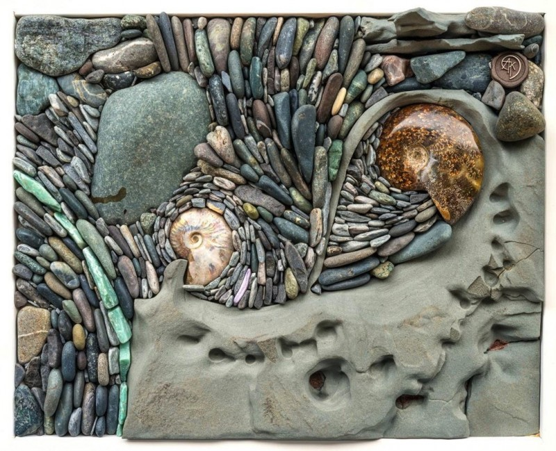 stone-and-shell-wall