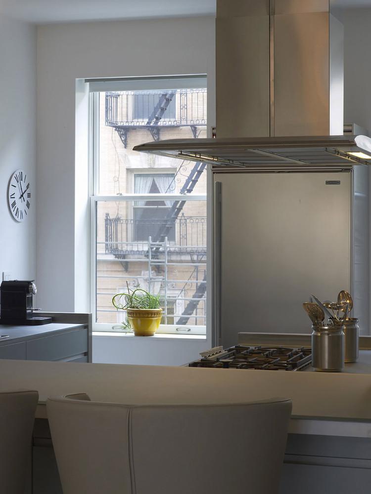 Townhouse-Renovation-Gramercy-Park-New-York-Kitchen-Breakfast-Table