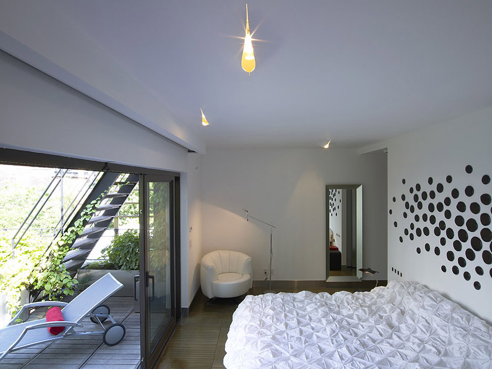Townhouse-Renovation-Gramercy-Park-New-York-Bedroom-Patio-Doors