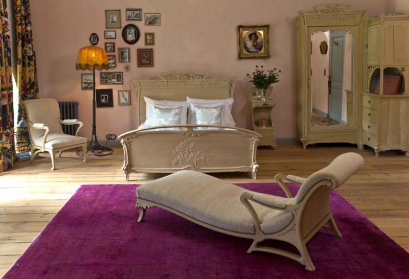 Amalie Suite 1