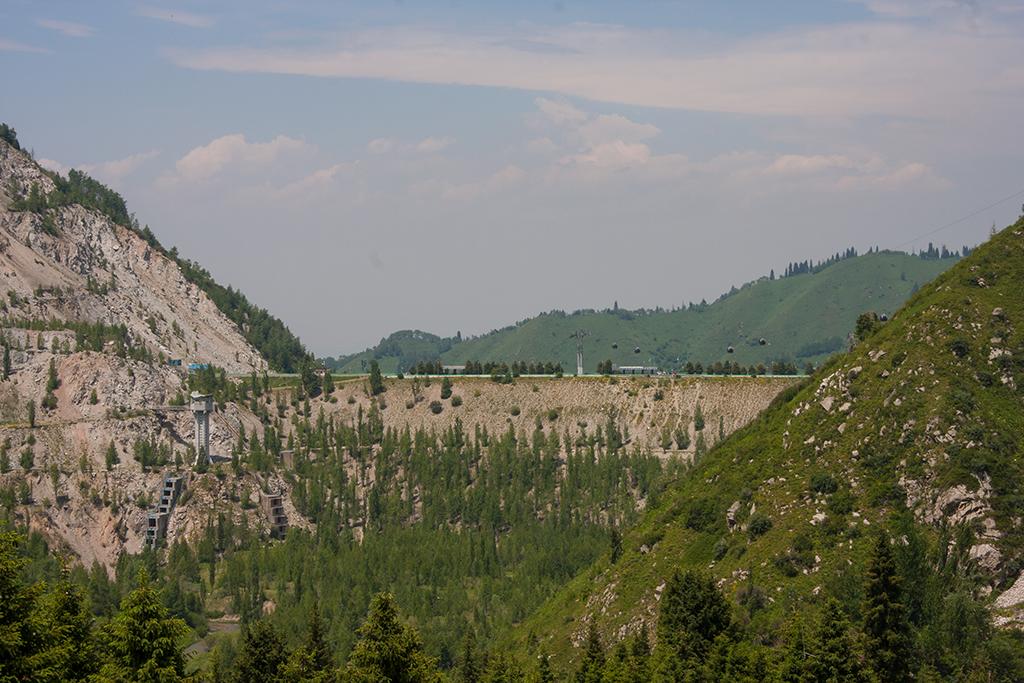 Плотина с гор-ss