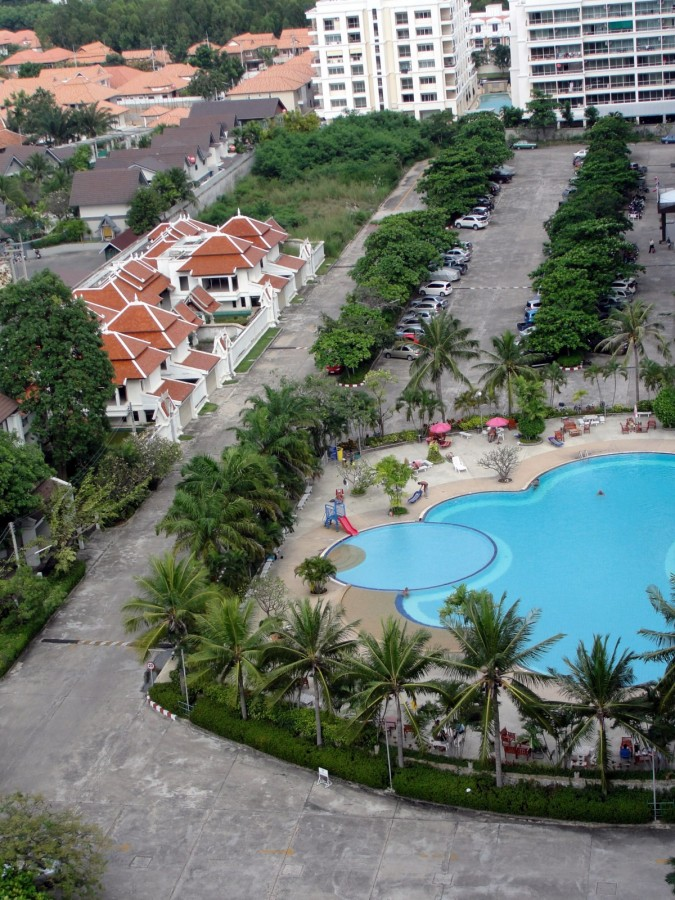 View Talay 1 pool, birds-eye view