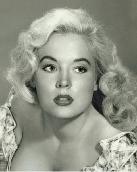 Betty Brosmer 22
