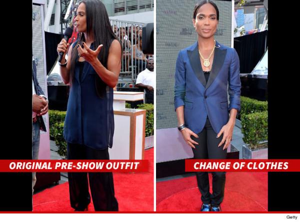 0108-b-scott-outfit-change-2