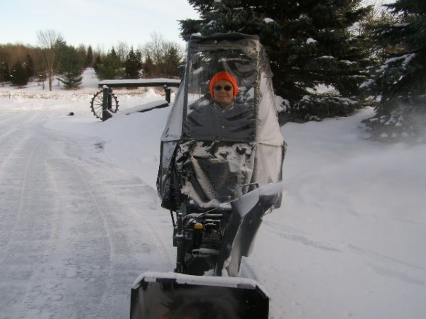 snowblower 2008 006