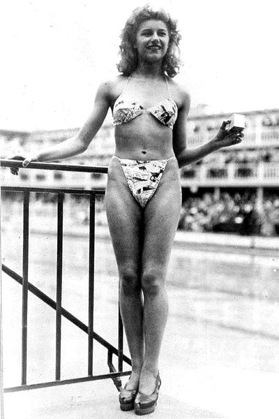 5 июля 1946 года французская модель Мишлин Бернардини впервые надела бикини в Париже