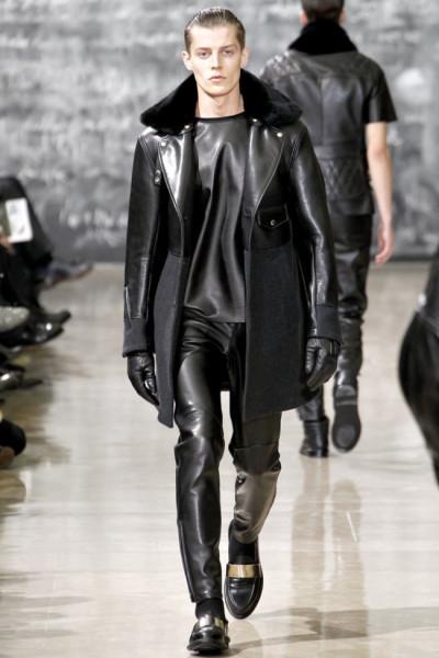 Yves-Saint-Laurent-Fall-Winter-2012-2013-Paris-Fashion-Week-28