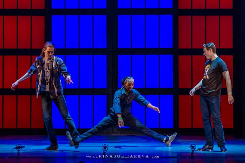 Танец ног в театре «Россия»