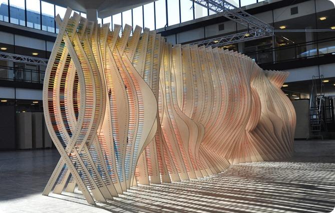 centennial-chromagraph-comprises-8000-colored-pencils-designboom-02