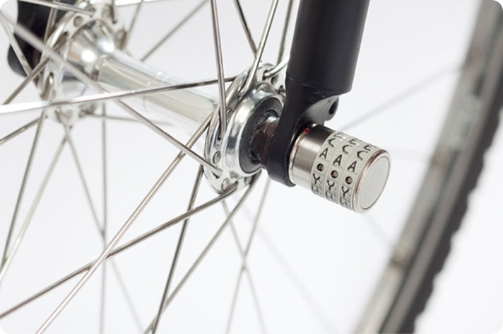 sphyke-anti-theft-wheel-locks-designboom01