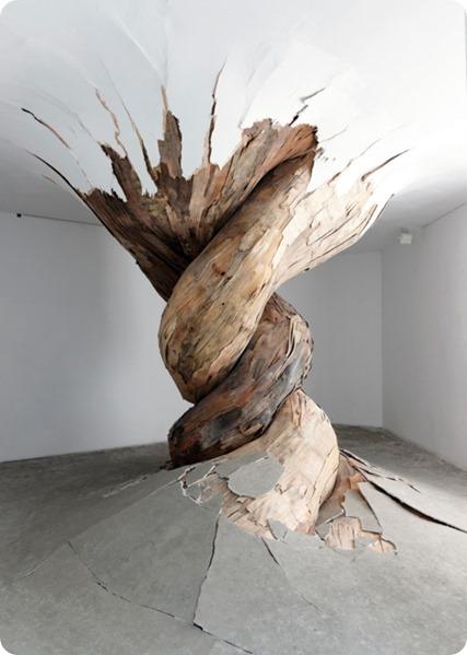 plywood-tumors-henrique-oliveira-1341106611_b