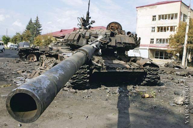 Подбитый танк2