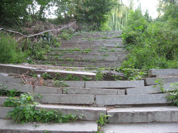 Лестница на Мемориал Славы