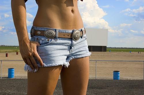 короткие женские шортики фото