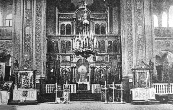 5 Интерьер храма Воскресения Христова.