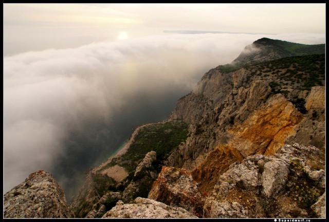 Скалистые берега страны туманов
