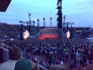 Genesis. Концерт в финляндии на Стадионе.