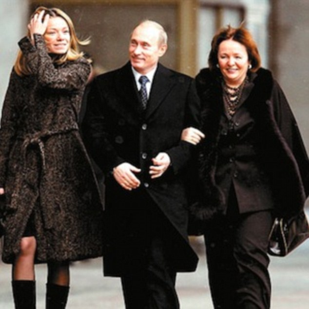 1_1_Maria_Putin_Father_Mother