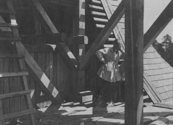 11 Кс. Пётр Байкевіч на будоўлі касцёла. Фота 1930г