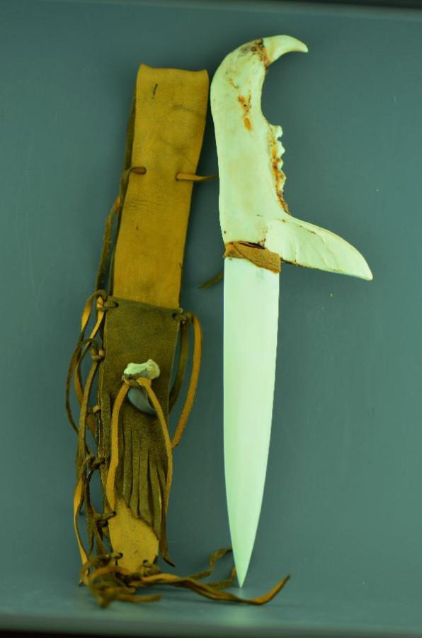 нож-2
