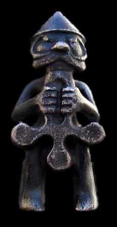 Тор-статуя