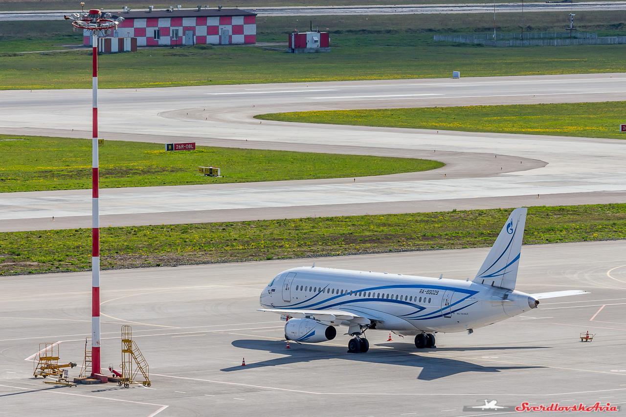 На самолеты смотрим свысока .... Аэрофлот, Кольцово, очень, Руслайн, пассажиров, Angelo, после, открывается, оперативно, временем, рядом, аэропорт, авиакомпания, Автомобиль, Знатоки, Гостиница, Лайнер, Предлагаю, подан, отдыхать