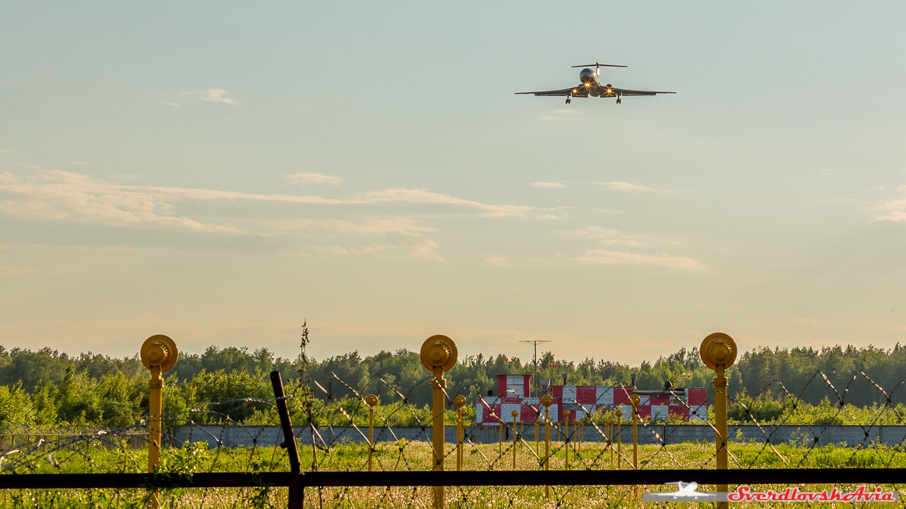 Вечерний подзаборинг. Ту-154.