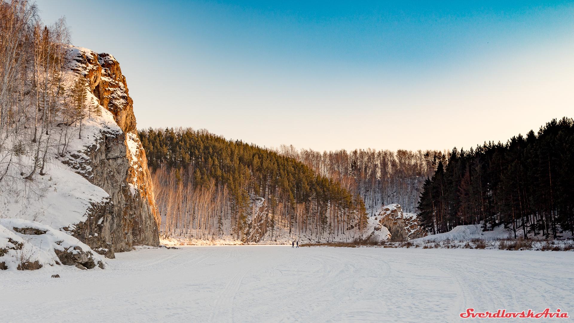 Речная прогулка к Каменным воротам.