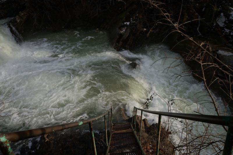 Водопад Жане лестница