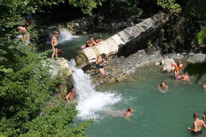 Водопад Жане летом