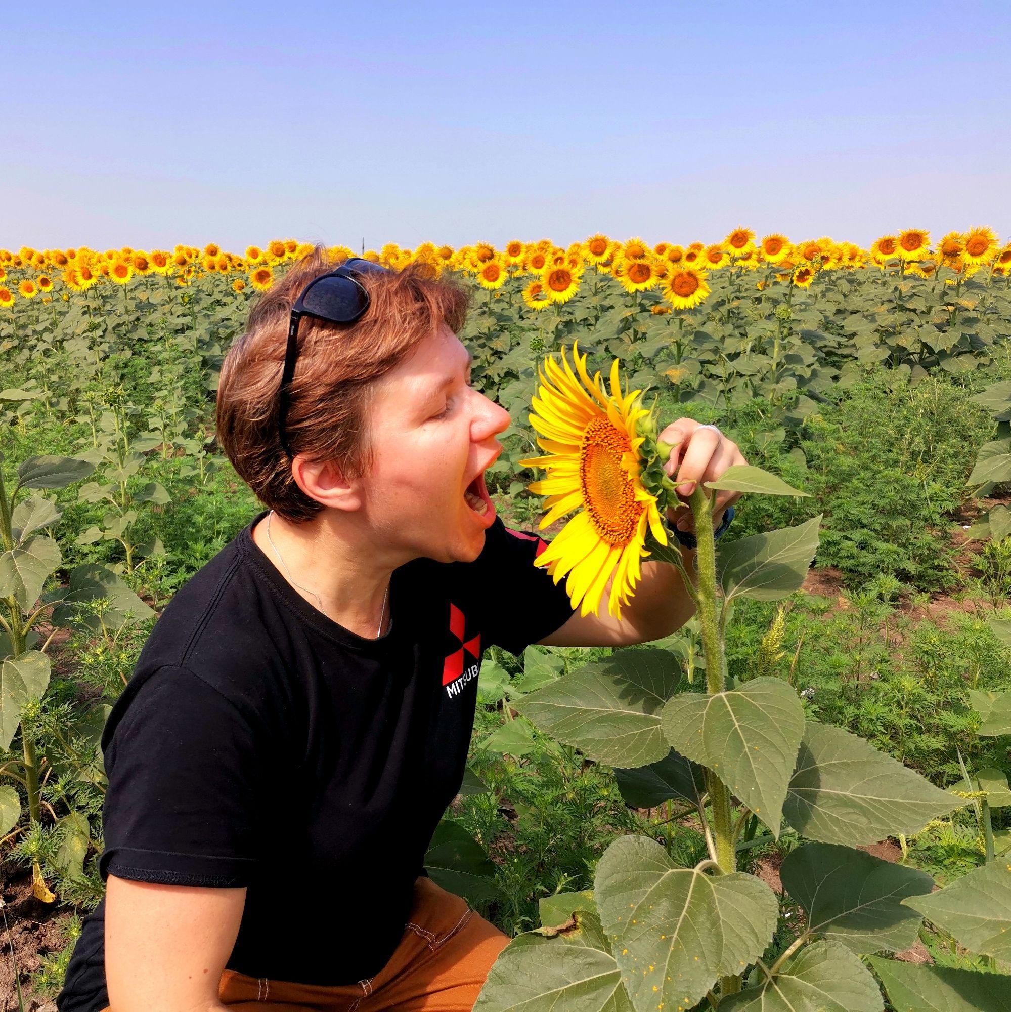 Светлана, Москва. Еду в двухнедельное путешествие на Кавказ, постараюсь участвовать по возможности