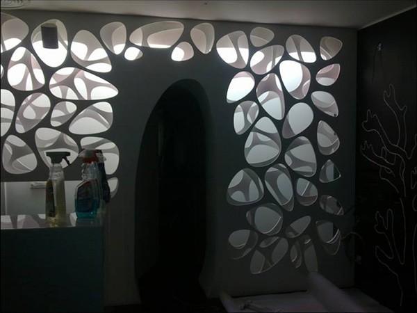 Зеркала из пластика для интерьера