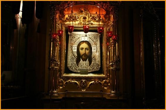 Икона Спасителя в соборе Владимирской иконы Божией Матери в С-Петербурге
