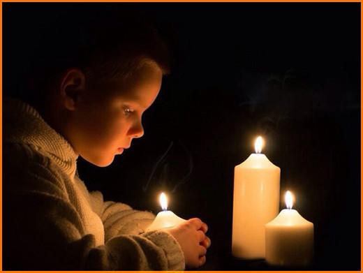 Малыш и свечи