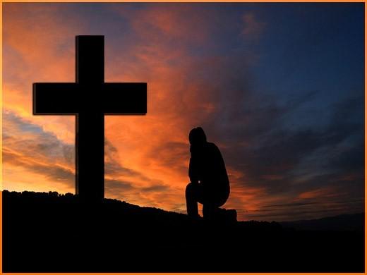 У креста 5