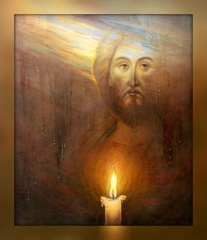 Свеча у образа Спасителя