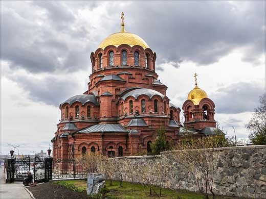 Александро-Невский собор в Новосибирске