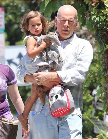 Брюс Уиллис с дочкой