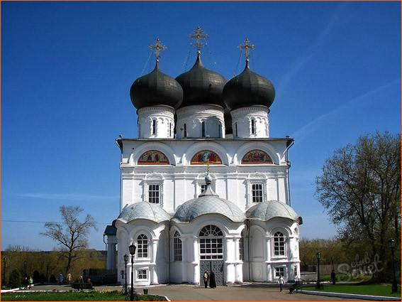 Успенский собор Трифонова м-ря 2