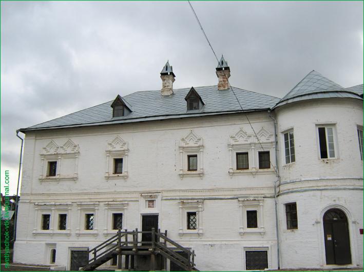Настоятельские палаты Трифонова монастыря