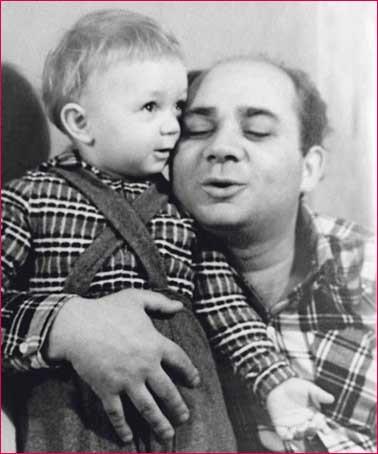 Е Леонов с сыном