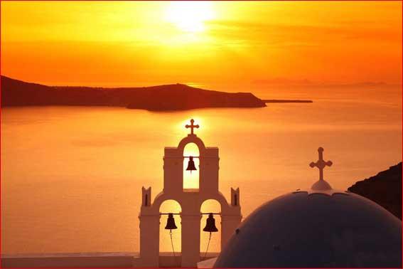 Закат на море Греция