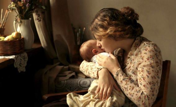 С мамой дитя