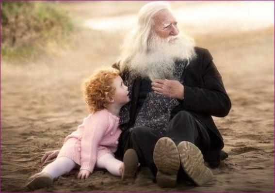 С дедушкой  1