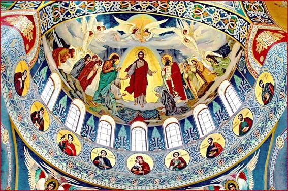 Господь в куполе храма 5